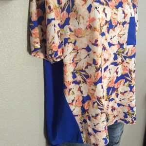 J. Crew Factory Tops - BOGO EUC XL J Crew Royal Floral Shortsleeve Blouse